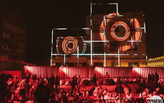 Kapoue Blog : festival de musique avec des installations scéniques à Strasbourg